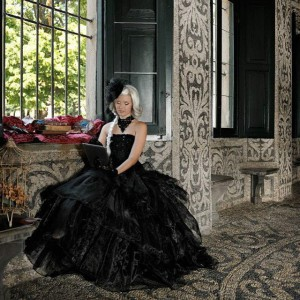 model, miriam ernst, Princess; day, victorian, style, high-tech, today, then,