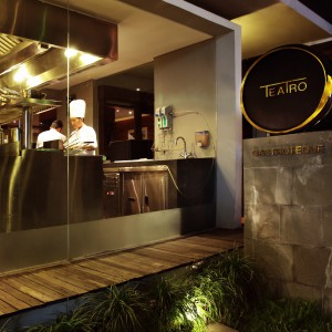 Bali, Seminyak, dinner, restaurant, teatro, kitchen, best, food, delicious