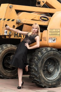 outfit, ootd, all black, model, miriam ernst, blonde, zara