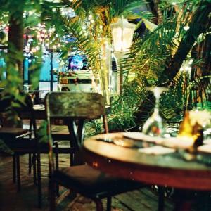 Be-sparkling, Travelblog, travelblogger, Bali, Seminyak, Bali, La Favela, Party, white, white party,
