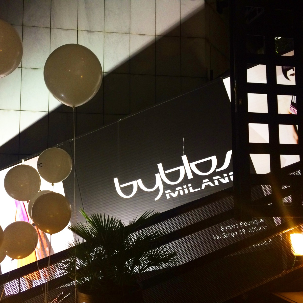 size 40 6768d d96b1 byblos-milano-club-disco-fashion-place-be-sparkling-stylish ...
