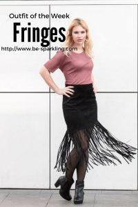 Outfit, fringes, pink top, black skirt, blond girl, fashion blog, fashion blogger