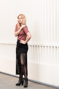 Fashion-blog-miriam-ernst-black-rose-fringes-zara-skirt-blonde-1.jpeg Fashion-blog-miriam-ernst-black-rose-fringes-zara-skirt-blonde-4.jpeg Fashion-blog-miriam-ernst-black-rose-fringes-zara-skirt-blonde-8.jpeg Fashion-blog-miriam-ernst-black-rose-fringes-zara-skirt-blonde-9.jpeg Fashion, blog, miriam ernst, black, rose, fringes, zara, skirt, blonde
