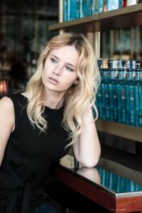 Fashion, model, blog, blogger, miriam ernst, german, blonde girl, all blue, outfit, zara skirt, one ocean club, bar