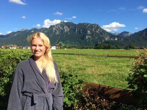 Miriam Ernst, Travel blogger, the ruebezahl, das Rübezahl, hotel, wellness, spa, fuessen, algaeu, room