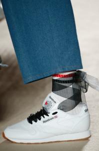 SS17, Carlotaoms, white sneakers, reebok, fashion blog, fashion blogger