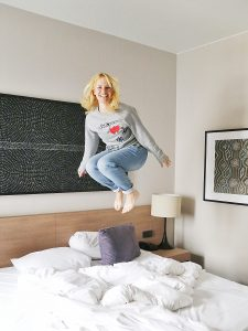 Adina Apartment Hotel, berlin, checkpoint charlie, jump, bed, girl, blonde