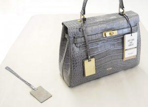 picard-be-sparkling-bag-grey-production-final-pendant