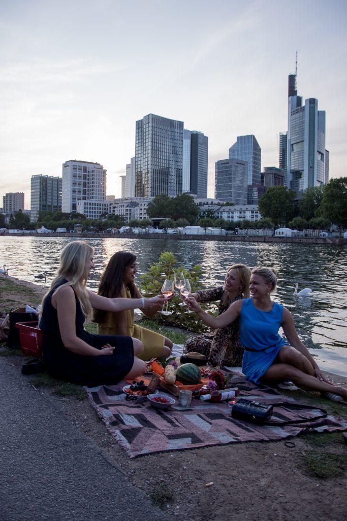 Provence, Wein, Rosé, Frankfurt, Main, Skyline, Freunde
