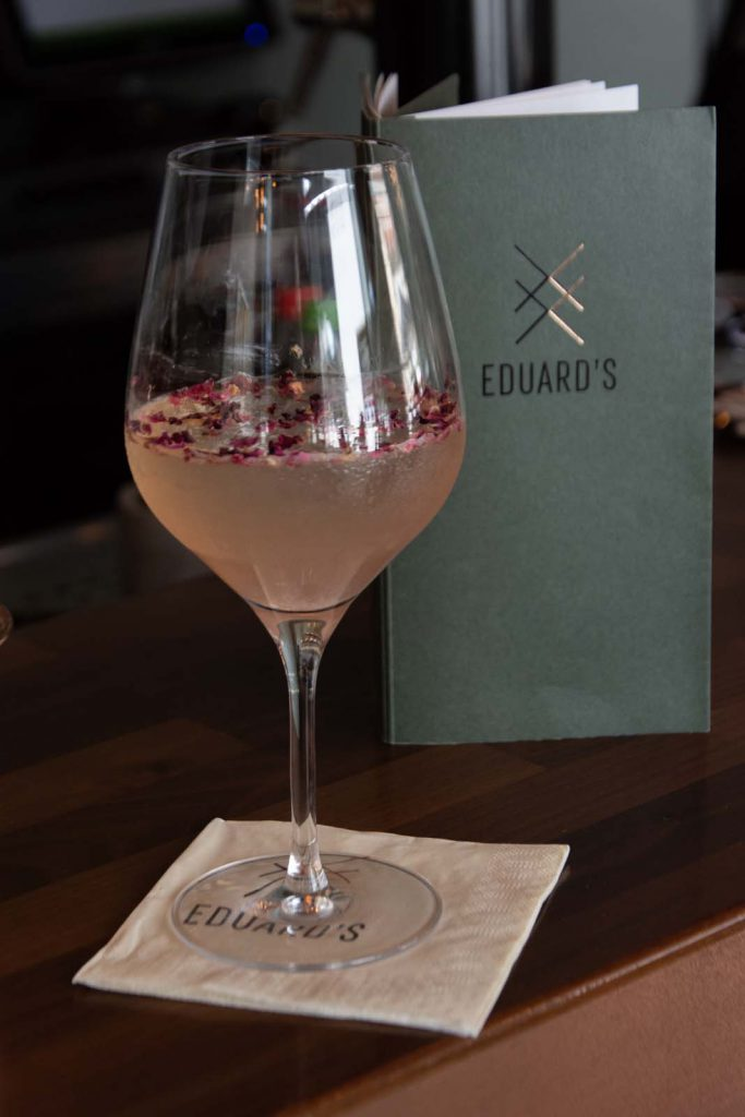 Edwards, beste bar Stuttgart, Cocktail, Rosenspritz, Rosen-Spritz