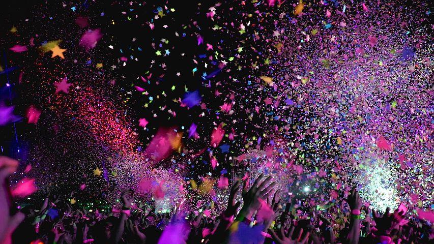 Konzert, Konfetti, Feiern, Party, Stimmung