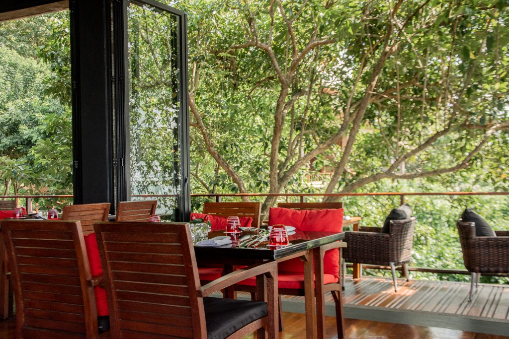 Thailand, phuket, restaurant, outside, red, wood, chair, table, food, nature, green, trees,