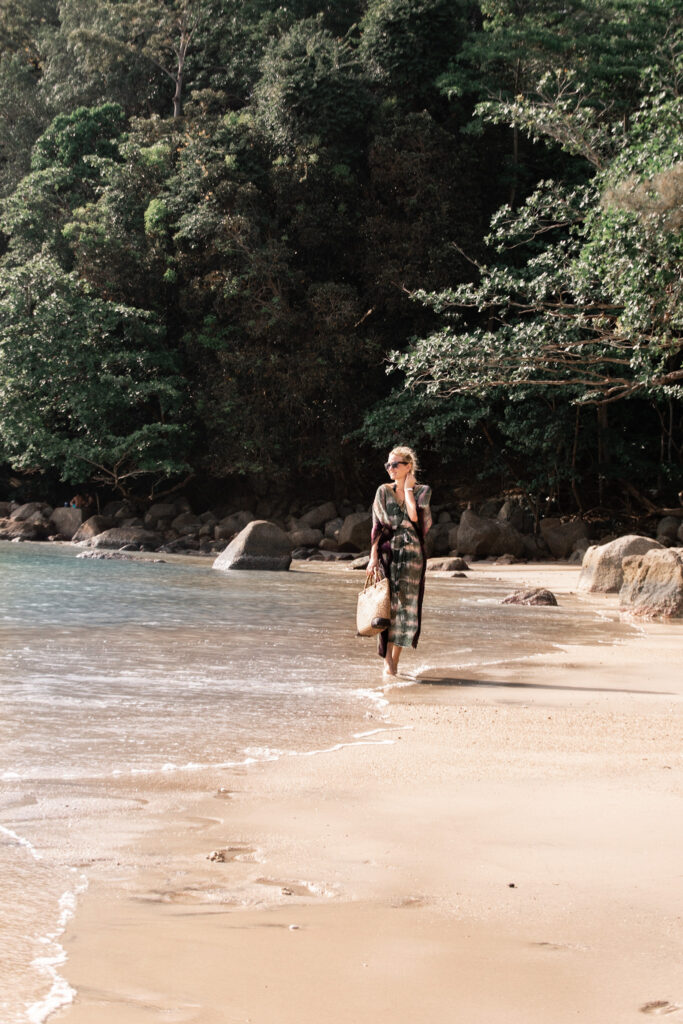 Paresa Resort,thailand, Phuket, hotel, Miriam-Ernst, woman, walking, ocean, beach, sand, dress