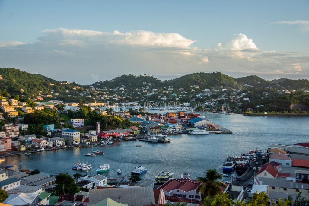 Grenada, Meer, Karibik, Boote, Küstenstadt, Berge
