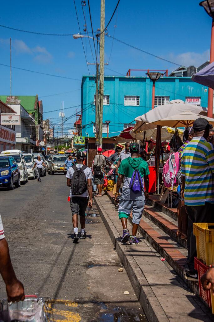 Grenada, Saint- George, Straßenmarkt, Einheimische, Karibik