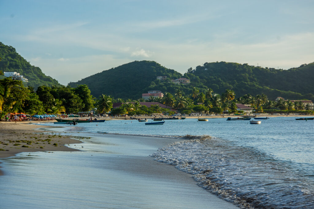 Grenada, ocean, sea, water, beach, house, palm trees, ships, boats
