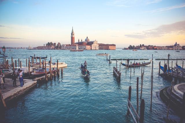 Italy_Venice_quero_di_San_ Trovaso_Boats